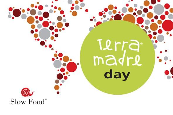 start_2010-terra_madre_day_fahne_590.jpg