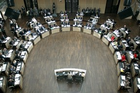 start_2011-bundesrat_plenarsaal_2_288.jpg