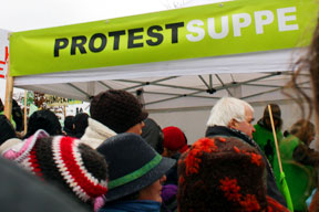 aktuelles-aktuelles_2012-protestsuppe_288.jpg