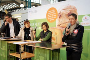 aktuelles-aktuelles_2013-1_berlin_podium_288.jpg