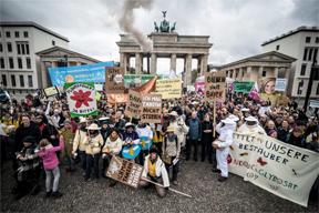 aktuelles-aktuelles_2018-berlin-protest-288.jpg