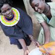 aktuelles-aktuelles_2012-kenya-yogurt-dei-pokot_112.jpg