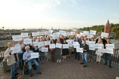 Visuelle Demonstration gegen Überfischung (c) Dirk Silz.jpg