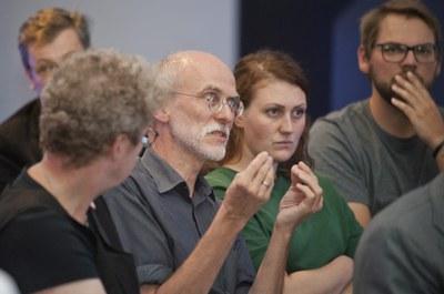 Lebhafte Diskussion über Fischerei_Jörg Grabo,Wolfgang Albrecht, Uwe Sturm, Kim Cornelius Detloff, Nina Wolff (v.l.n.r.) (c) Dirk Silz.jpg